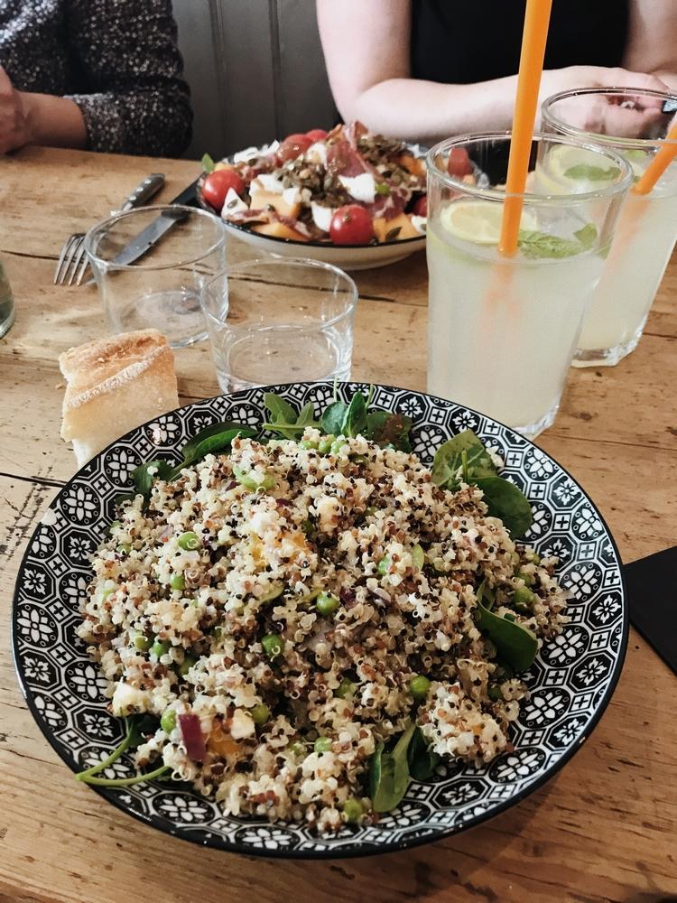 restaurant vegan nantes sugar blue cafe