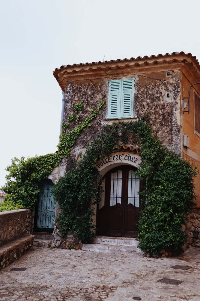 eze village architecture