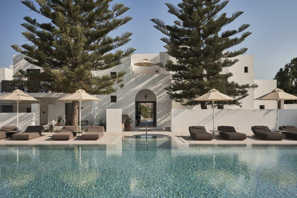 hotel design parilio paros grece