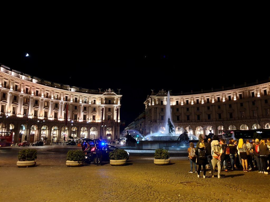 place de la republique rome italie