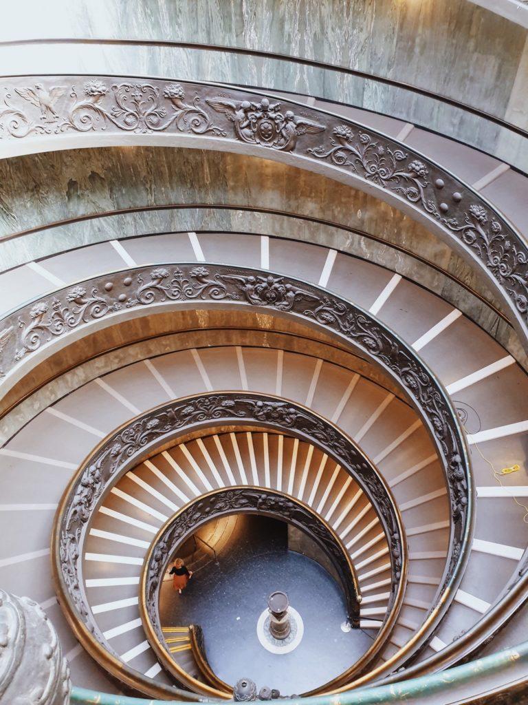 escalier de bramante vatican rome italie