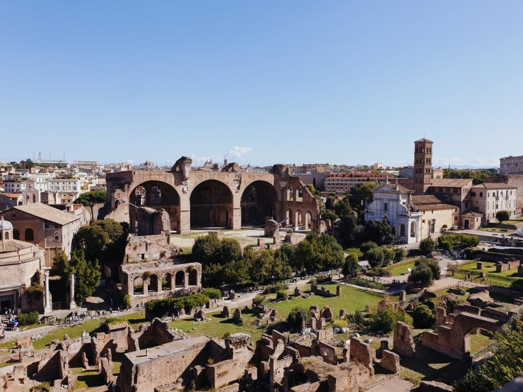 forum romain rome italie