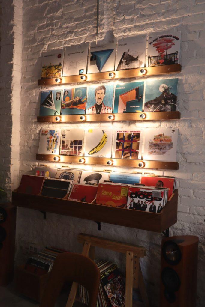 coffee shop chueca madrid faraday