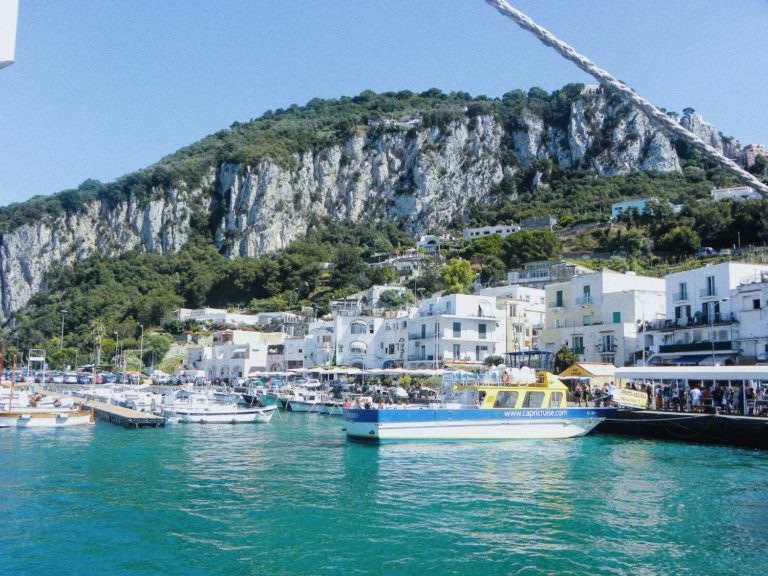 port marina grande capri italie naples