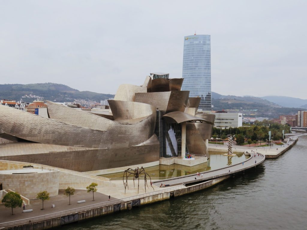 oeuvres musee guggenheim bilbao espagne