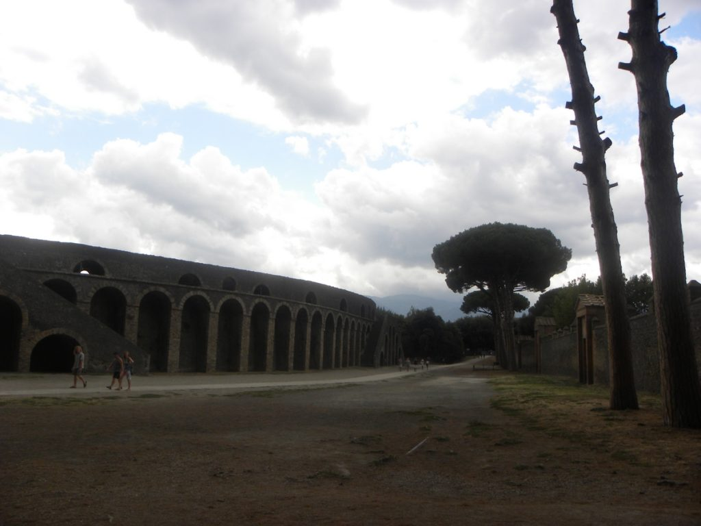 visite pompei amphitheatre