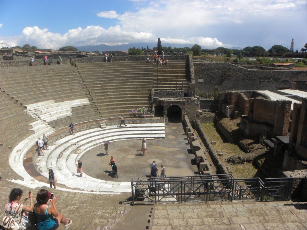 visite pompei grand théâtre